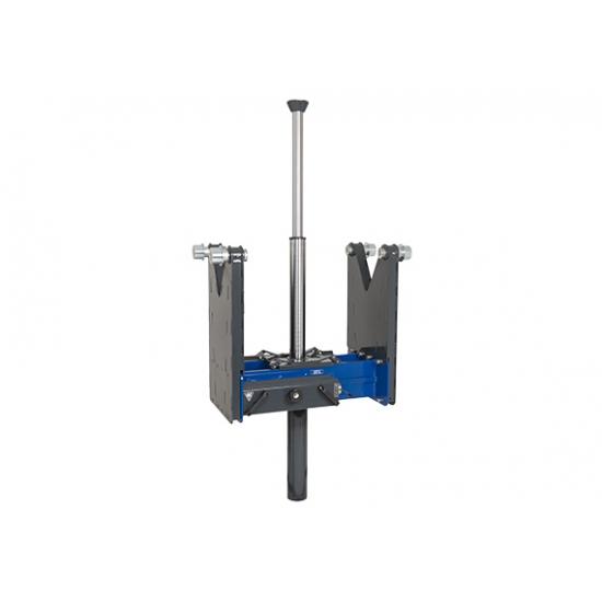 Teleskopinis pneumo-hidraulinis duobinis keltuvas (15t)
